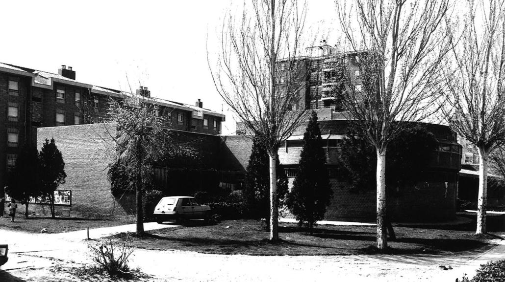 Grupos Escolares en Moratalaz. Madrid
